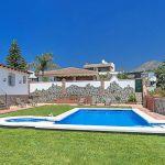 Ferienhaus Costa del Sol CSS4023 Rasenfläche um den Pool