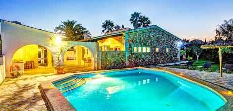 Mallorca Nordküste – Ferienhaus Pollensa 43507 mit privatem Pool für 8 Personen auf einem schönen Gartengrundstück. Wechseltag Samstag.