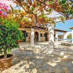 Ferienhaus Mallorca MA43507 Terrasse mit Büschen