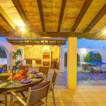 Ferienhaus Mallorca MA43507 Terrasse mit Grill und Esstisch