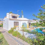 Villa-Algarve-ALS3008-Einfahrt-zum-Haus