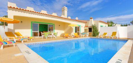 Ferienhaus Algarve Sao Rafael 4612 mit Pool in Strandnähe (700 m) für 8 Personen. Wechseltag Samstag, Nebensaison flexibel auf Anfrage – Mindestmietzeit 1 Woche. 2019 buchbar.