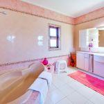 Ferienhaus-Algarve-ALS4614-Bad-mit-Eckwanne