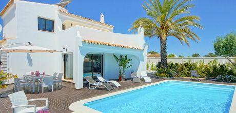 Ferienhaus Algarve Castelo 3018 mit Pool für 6 Personen, Strand = ca. 700 m. Wechseltag Samstag/Dienstag, Nebensaison flexibel auf Anfrage – Mindestmietzeit 1 Woche.