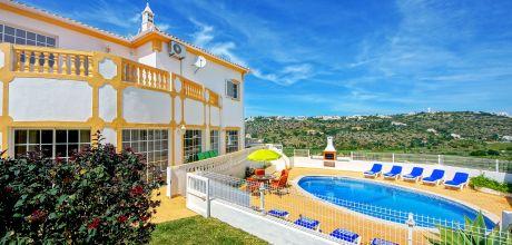 Villa Algarve mit Pool Sao Rafael 4613 für 8 Personen mit Blick auf den Hafen, Strand = 1,1 km. Wechseltag Samstag, Nebensaison flexibel auf Anfrage – Mindestmietzeit 1 Woche.