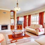 Villa-Algarve-ALS4613-Wohnbereich-mit-Kamin