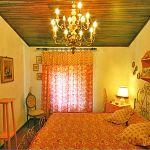 Ferienhaus Toskana TOH200 Schlafzimmer mit Doppelbett