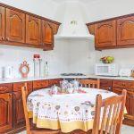 Villa-Algarve-ALS4618-Küche-mit-Tisch