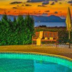 Ferienhaus-Zypern-ZYS3735-Gartenbank-am-Pool