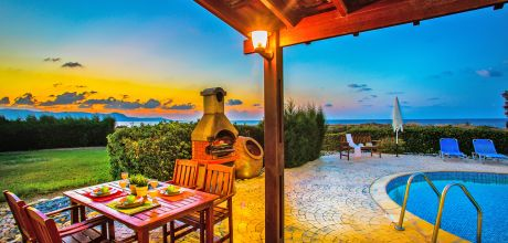 Ferienhaus Zypern Polis 3735 mit Pool und Meerblick für 6 Personen, Strand = 100m. Wechseltag Sonntag, Nebensaison flexibel auf Anfrage – Mindestmietzeit 1 Woche.