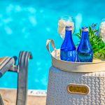 Ferienhaus-Zypern-ZYS3737-Erfrischungen-am-Pool
