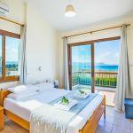 Ferienhaus-Zypern-ZYS3737-Schlafraum-mit-Doppelbett