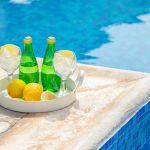 Ferienhaus-Zypern-ZYS4741-Erfrischung-am-Pool