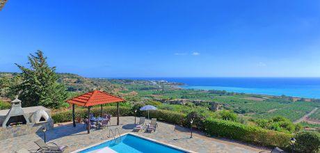 Ferienhaus Zypern Coral Bay 4742 mit Pool und Meerblick für 8 Personen. Wechseltag Mittwoch, Nebensaison flexibel auf Anfrage – Mindestmietzeit 1 Woche.