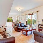 Ferienhaus-Zypern-ZYS3730-Wohnbereich-mit-TV