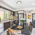 Ferienhaus-Zypern-ZYS3738-Küche-mit-Esstsich