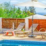 Villa-Zypern-ZYS3739-Gartenmöbel-und-Sonnenschirm