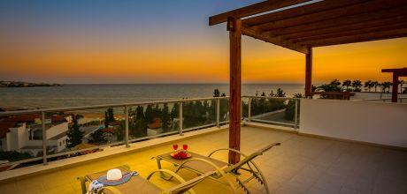 Villa Zypern Coral Bay 3739 mit privatem Pool und Meerblick für 6 Personen. Strand = 400 m. Wechseltag Mittwoch, Nebensaison flexibel auf Anfrage – Mindestmietzeit 1 Woche. 2019 buchbar.