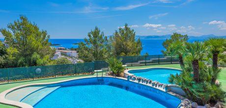 Mallorca Nordküste – Villa Alcudia 6000 für 12 Personen mit Meerblick, Pool, Kinderpool, Whirlpool, Sauna und Tennisplatz. Strand = 400 m. An- und Abreise Samstag.