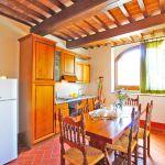 Ferienhaus Toskana TOH401 Esstisch in der Küche