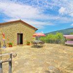 Ferienhaus Toskana TOH401 Gartenmöbel auf der Terrasse