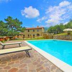 Ferienhaus Toskana TOH401 Sonnenliegen am Pool