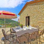 Ferienhaus Toskana TOH401 Terrasse mit Esstisch