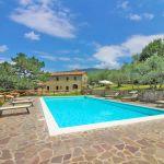 Ferienhaus Toskana TOH401 Terrasse um den Pool