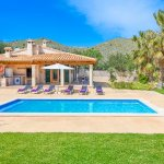 Ferienhaus-Mallorca-MA3612-Swimmingpool-im-Garten