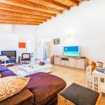 Ferienhaus-Mallorca-MA3612-Wohnraum-mit-TV
