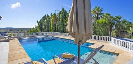 Mallorca Nordküste – Ferienhaus Santa Margalida 4114 für 8 Personen mit Pool, Strand = 9 km. An- und Abreisetag flexibel – Mindestmietzeit 1 Woche.