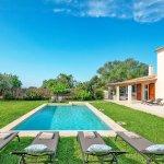 Ferienhaus Mallorca MA53711 Pool mit Sonnenliegen