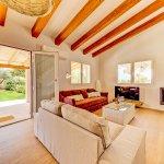Ferienhaus Mallorca MA53711 Wohnbereich mit Kaminofen