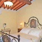Ferienhaus Toskana TOH17001 Schlafraum mit Bett