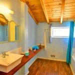 Ferienhaus Korfu KOV22301 Badezimmer mit Wanne