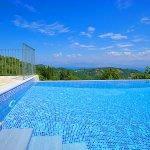 Ferienhaus Korfu KOV22301 Treppe in den Pool