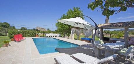 Mallorca Nordküste – Ferienhaus Selva 3054 für 6 Personen mit Pool und separatem Whirlpool, An- und Abreise flexibel – Mindestmietzeit 1 Woche.