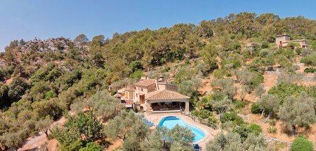 Mallorca Nordküste – Ferienhaus Pollensa 5380 mit Pool für 10 Personen mieten. 12.06. – 01.10.2021: Wechseltag Samstag, restliche Zeiten flexibel.