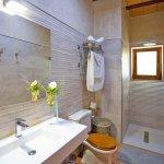 Ferienhaus Mallorca MA2097 Badezimmer mit Dusche