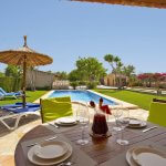 Ferienhaus Mallorca MA2097 Terrasse mit Blick auf den Pool