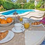Ferienhaus Mallorca MA3158 Esstisch auf der Terrasse