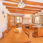 Ferienhaus Mallorca MA3158 Esstisch in der Küche