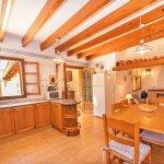 Ferienhaus Mallorca MA3158 Küche mit Tisch