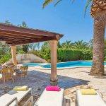 Ferienhaus Mallorca MA3158 Terrasse mit Gartenmöbel