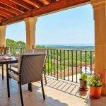 Ferienhaus Mallorca MA3926 überdachte Terrasse mit Gartenmöbel