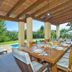 Ferienhaus Mallorca MA4808 Esstisch auf der Terrasse