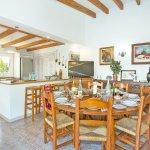 Ferienhaus Mallorca MA4808 offene Küche mit Essbereich