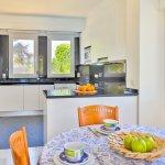 Villa Mallorca MA4655 Esstisch an der Küche