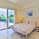 Villa Mallorca MA4655 Schlafzimmer mit Doppelbett