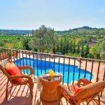 Villa Mallorca MA4680 Balkon mit Gartenmöbel